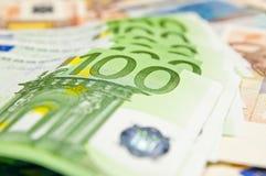 Partij van euro bankbiljetten - grote som geld Stock Foto