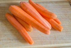 Partij van wortelen op de lijst Stock Foto's