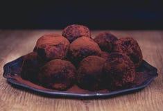 Partijchocolade truffels stock fotografie