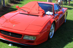Partisk klassisk röd Ferrari 512tr för främre sikt sport Royaltyfria Foton