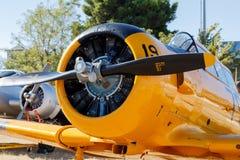Partisk sikt av ett gammalt flygplan Fotografering för Bildbyråer