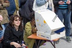 PARTISK SOL- FÖRMÖRKELSE ÖVER GREKLAND Royaltyfri Foto