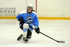 Partita del hockey su ghiaccio delle ragazze Fotografie Stock