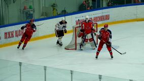 Partita dell'hockey nel palazzo del ghiaccio di Vityaz archivi video