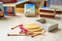 Partite & un insieme delle scatole di fiammiferi Fotografia Stock Libera da Diritti
