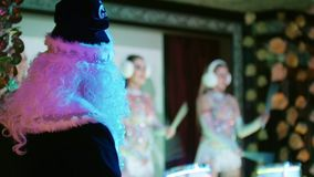 Partito corporativo  Indietro del Babbo Natale Padre Frost stock footage