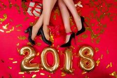 Partito 2018 del ` s dell'amico del nuovo anno immagine stock libera da diritti