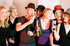 Partito di karaoke Fotografie Stock
