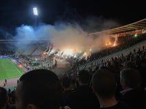 Partizanventilators op Marakana-stadion stock foto's