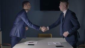 Partner Definitieve Handdruk stock videobeelden