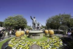 Partner statua w Disneyland, Kalifornia obrazy royalty free