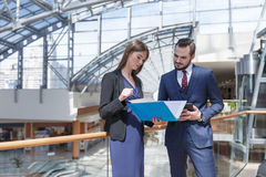 Partners het spreken Stock Afbeelding