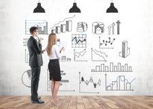 Partners infographic bestuderen en stats stock foto