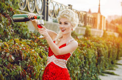 Party, drinks, holidays, luxury and celebration concept - smilin Royalty Free Stock Images