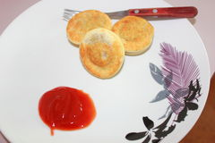Party pies with sauce Stock Images