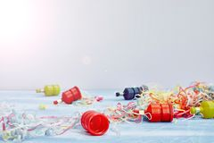 party poppers arkivbild