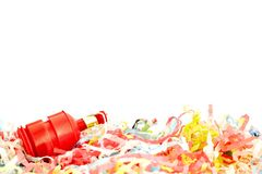 Party poppers auf Weiß stockfoto