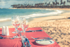 Party table at the beach Royalty Free Stock Photos