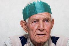 Partying dell'uomo anziano Fotografie Stock
