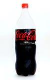 Paryż, Francja, Lipiec 17, 2016 Zimna butelka koka-kola zero odizolowywająca na białym tle Obraz Stock