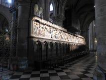 Paryż Francja, Marzec, - 31, 2019: czternasty wiek drewniane ulgi w notre-dame de paris katedrze mówi opowieść życie Jezus obrazy stock