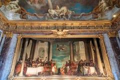 Paryż, Francja, Marzec 28 2017: Podsufitowy obraz w Hercules pokoju Królewska górska chata Versailles przy pałac Obrazy Royalty Free