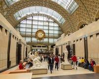 Paryż, Francja, Marzec 28 2017: Wnętrze musee d ` orsay Ja mieści w poprzednim Gare d ` Orsay, sztuki Zdjęcie Stock