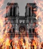 Paryż, Francja, Marzec 27, 2017: Zachodnia fasada katolicki katedralny notre-dame de paris w ogieniu Fotografia manipulująca zdjęcie royalty free