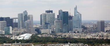 Paryż Francja, Sierpień, - 21, 2018: drapacz chmur główne korporacje w okręgu dzwonili Obronę zdjęcia stock