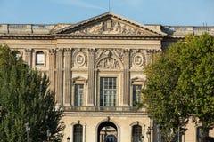 Paryż - louvre muzeum zdjęcia stock