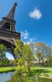 Paryż, panorama wieża eifla na jaskrawym dniu w wiośnie Obraz Stock