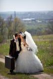pary całowania droga wiejska Fotografia Stock