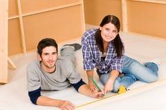 pary domowego ulepszenia odświeżań pracy potomstwa zdjęcia royalty free