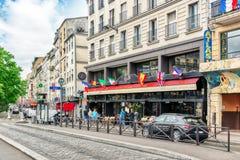 PARYŻ FRANCJA, LIPIEC, - 04, 2016: Miasto widoki Paryż, ulica, bui Zdjęcie Stock