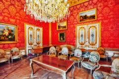 PARYŻ FRANCJA, LIPIEC, - 03, 2016: Powystawowy Hall Louvre muzeum ja Obraz Royalty Free