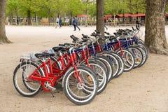 Paryż, Francja, Marzec 28, 2017: Rowery dla czynszu w Paryskim Francja Fotografia Royalty Free