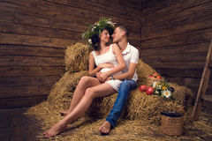 pary hayloft miłości brzemienność Obraz Stock