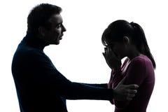 Pary kobiety płaczu mężczyzna pocieszająca sylwetka Obrazy Stock