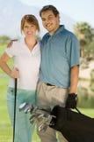 pary kursowi obejmowania golfa golfiści Obrazy Royalty Free