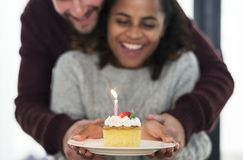 Pary odświętności urodziny z tortem Fotografia Royalty Free