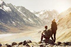 Pary podróży gór trekking pojęcie Obrazy Royalty Free