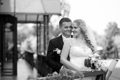 Pary sesja zdjęciowa. przy dniem ślubu Obrazy Stock