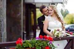 Pary sesja zdjęciowa. przy dniem ślubu Obrazy Royalty Free