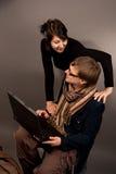 pary szczęśliwy laptopu tigether obrazy stock
