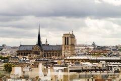 Paryscy dachy Zdjęcia Stock