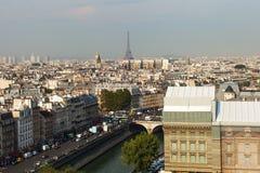 Paryska linia horyzontu. obrazy stock