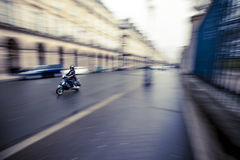 Paryska motorowa hulajnoga Obrazy Royalty Free