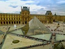 Paryski louvre muzeum Horyzontalny zdjęcia stock