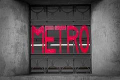 Paryski metra wejścia znak lokalizować w Łacińskiej ćwiartce. Fotografia Royalty Free