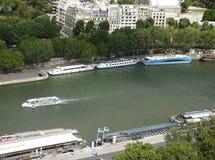 Paryski miasto i rzeka obraz stock